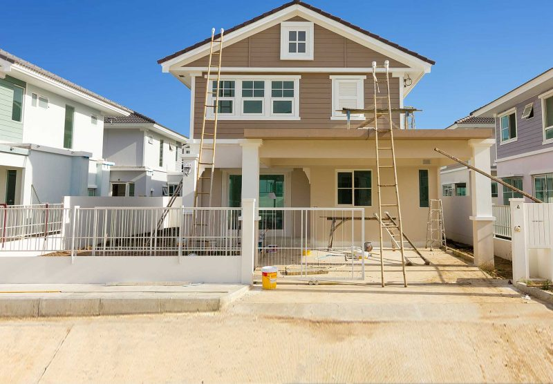 Which company does both residential as well as commercial painting in Melbourne?